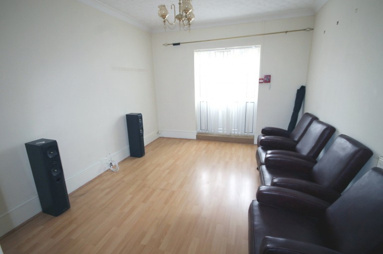Images for Boundary Road, Hove EAID:89f271acd853ec3835ef79995e2ac892 BID:1