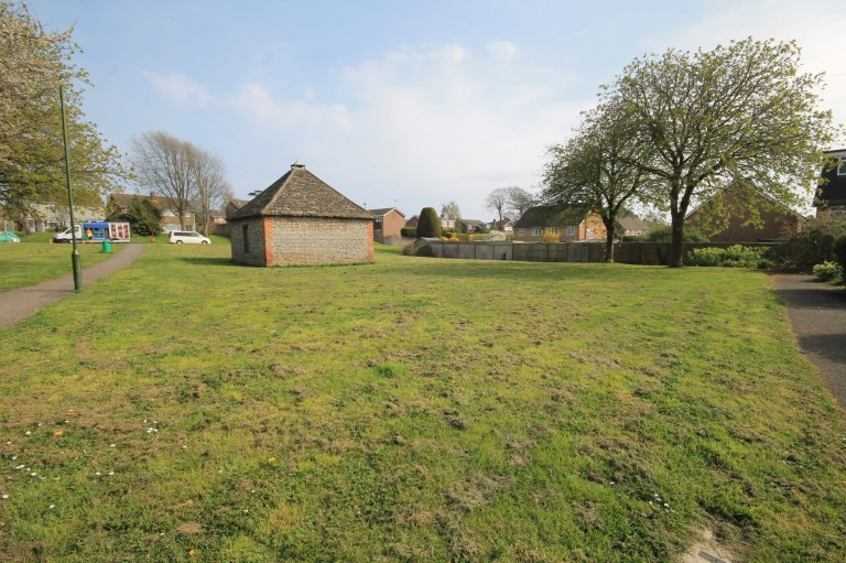 Images for Downsway, Shoreham-by-Sea, West Sussex EAID:89f271acd853ec3835ef79995e2ac892 BID:2